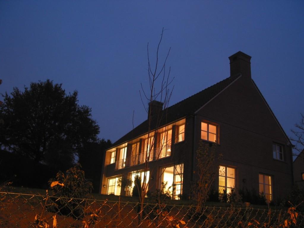 Xavier vanderlinden architecte » une maison pratique à genval